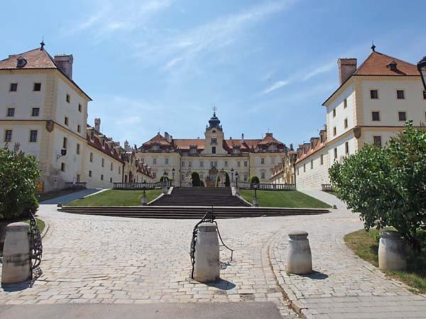 Schloss Valtice (Felsberg)