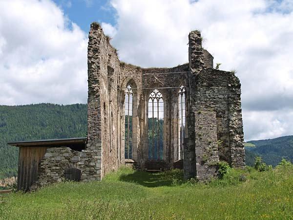 Kirchenruine Virgilienberg