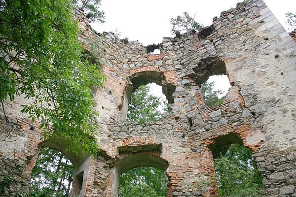Ruine Oberwallsee