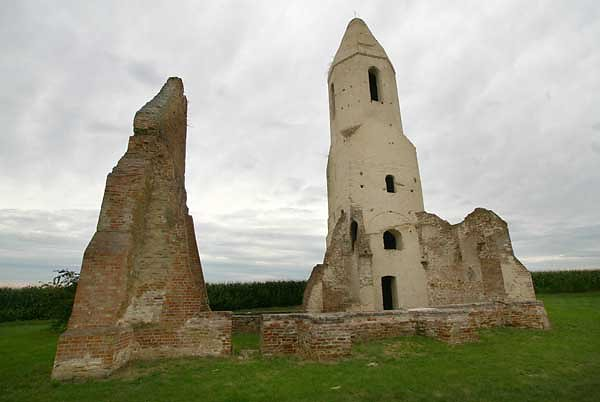 Kirchenruine Pusztatorony