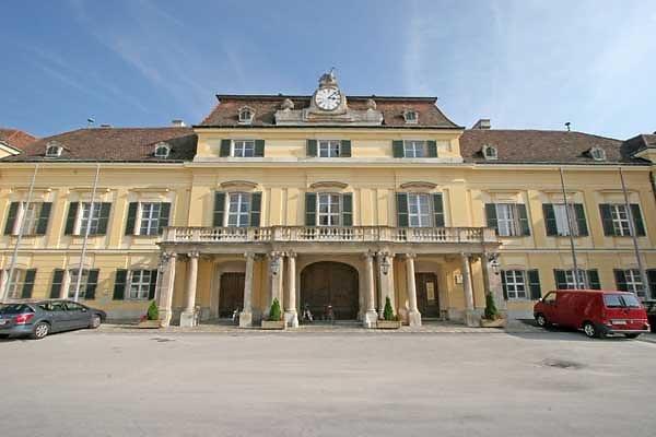 Schloss Laxenburg, Franzensburg und Parkanlage