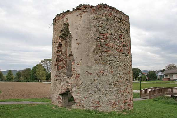 Ruine Raipoltenbach