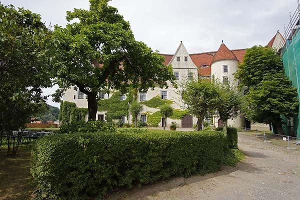 Schloss-Nossen-10.jpg