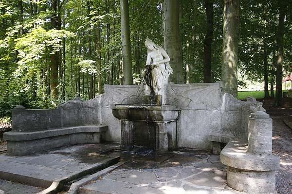 Schloss-Augustusburg-2.jpg