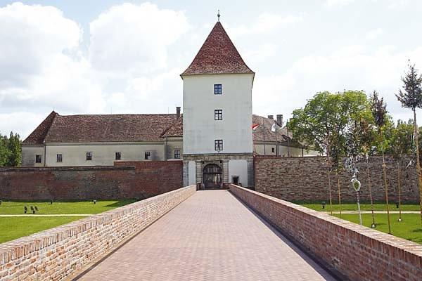 Schloss-Nadasdy-4.jpg