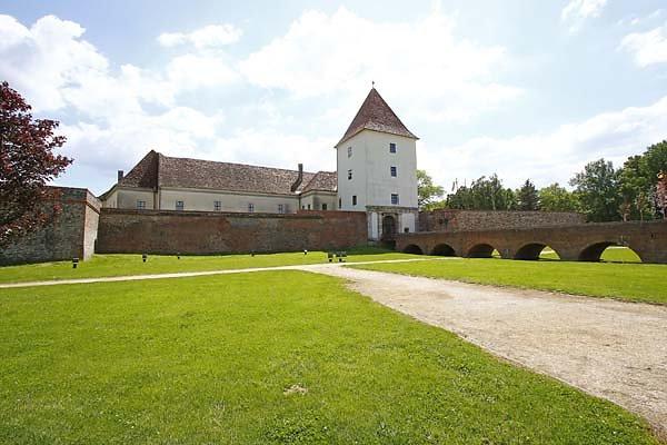 Schloss-Nadasdy-9.jpg