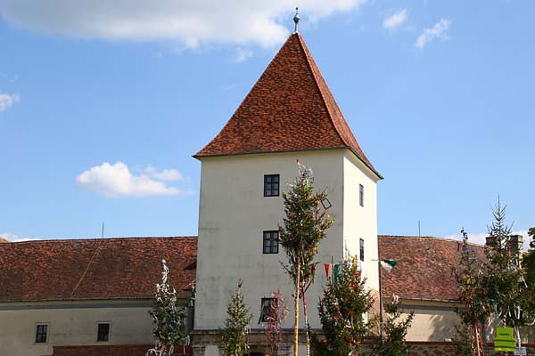 Schloss-Nadasdy-11.jpg