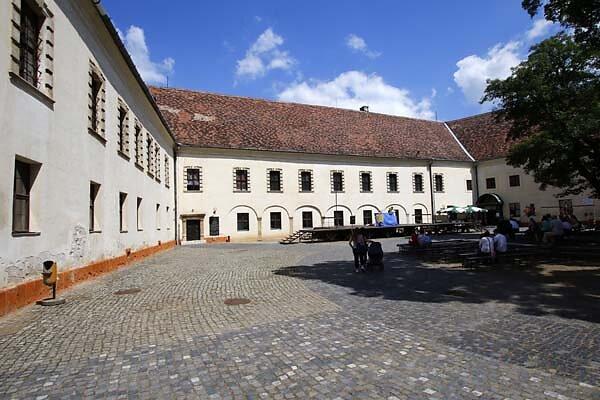 Schloss-Nadasdy-47.jpg