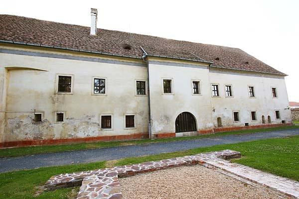 Schloss-Nadasdy-76.jpg