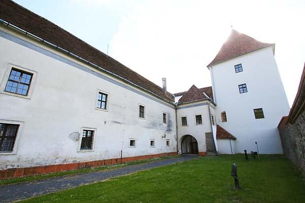 Schloss-Nadasdy-84.jpg