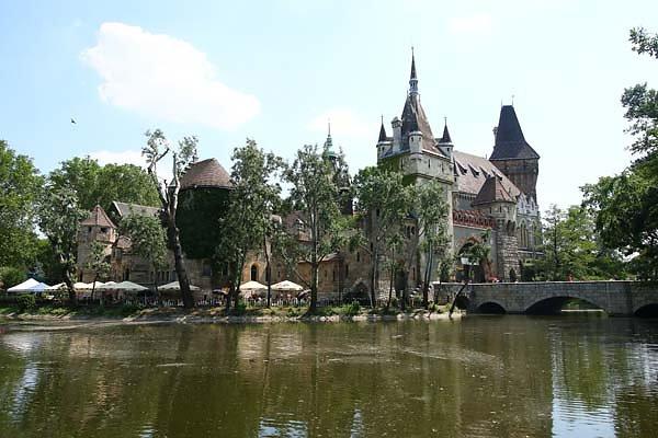 Schloss-Vajdahunyad-4.jpg