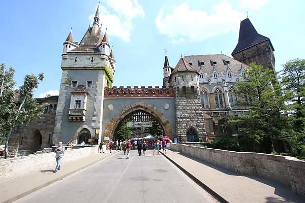 Schloss-Vajdahunyad-5.jpg