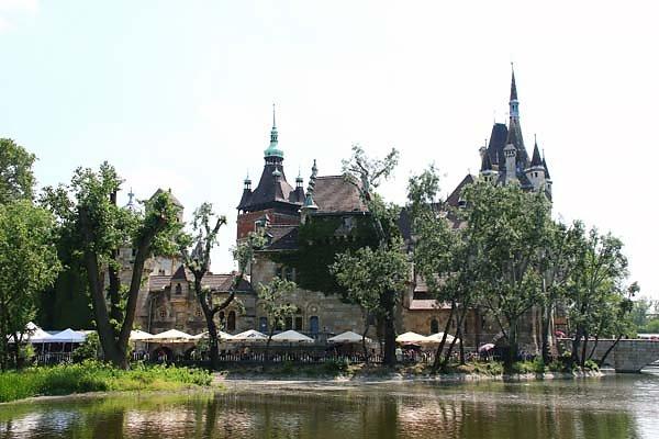 Schloss-Vajdahunyad-17.jpg