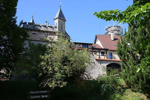 Schloss-Lichtenstein-2.jpg