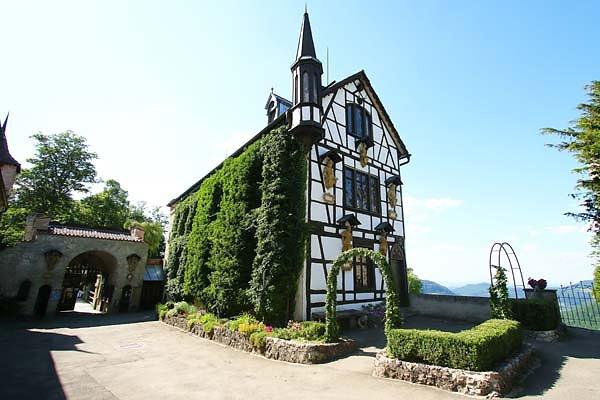 Schloss-Lichtenstein-33.jpg