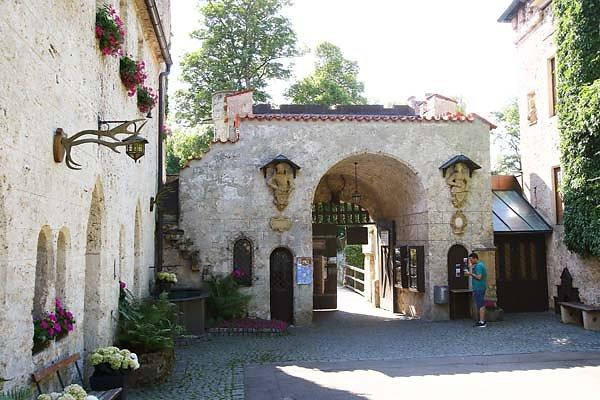 Schloss-Lichtenstein-34.jpg