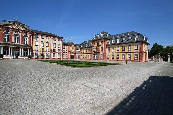 Schloss-Bruchsal-17.jpg
