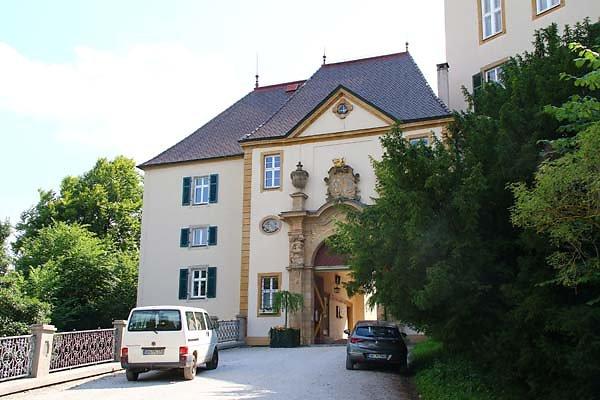 Schloss-Baldern-1.jpg
