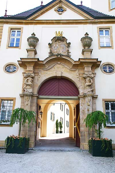 Schloss-Baldern-2.jpg