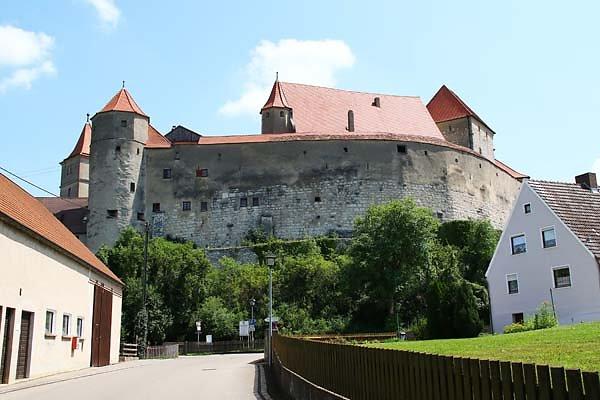 Schloss-Harburg-1.jpg