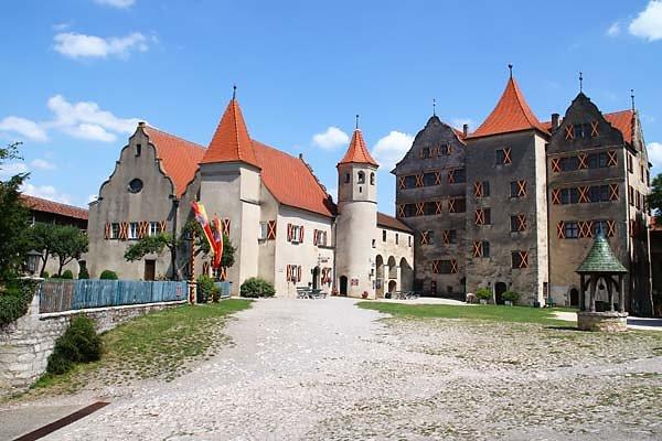 Schloss-Harburg-120.jpg