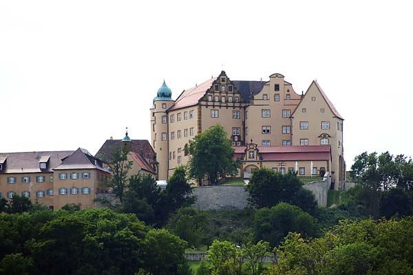 Schloss-Kapfenburg-1.jpg
