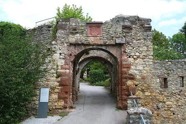 Burg-Roetteln-14.jpg