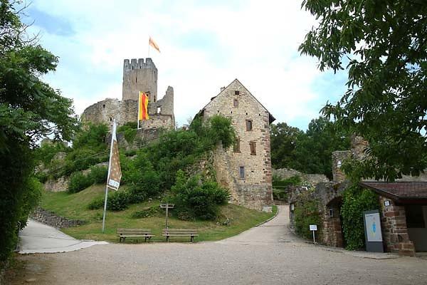 Burg-Roetteln-20.jpg