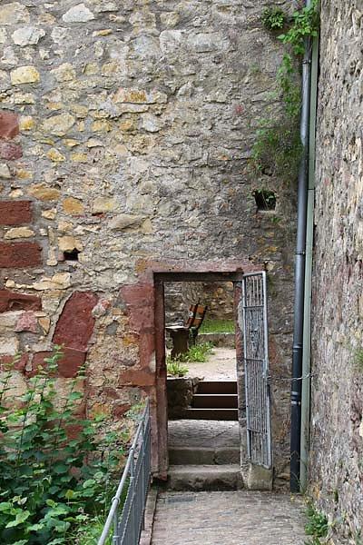Burg-Roetteln-224.jpg