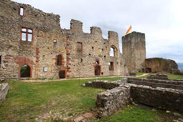 Burg-Roetteln-325.jpg