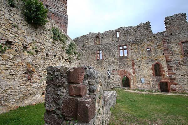 Burg-Roetteln-327.jpg