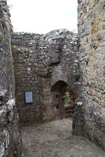 Burg-Roetteln-375.jpg