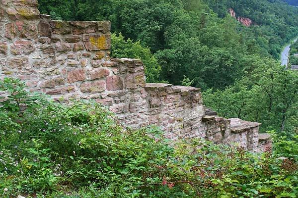 Burgruine-Freudenburg-1.jpg