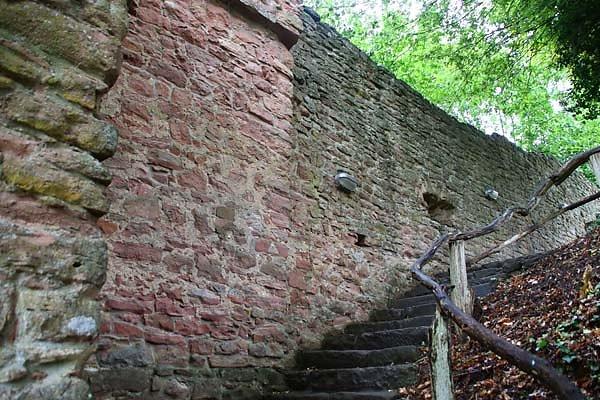 Burgruine-Freudenburg-14.jpg