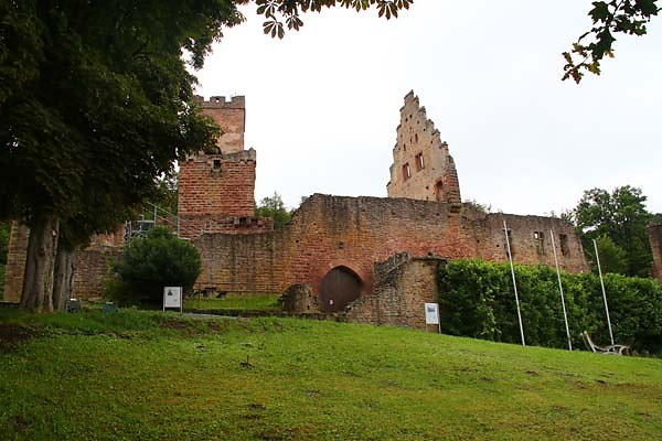 Burgruine-Freudenburg-15.jpg