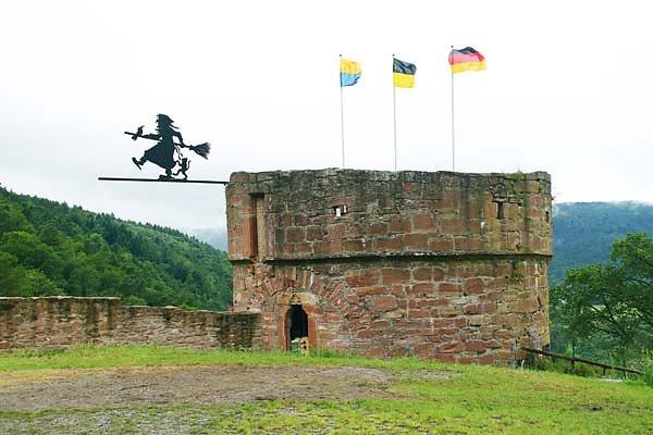 Burgruine-Freudenburg-19.jpg