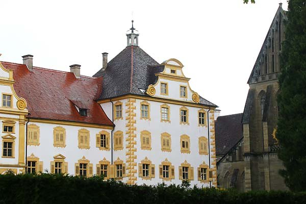 Kloster-und-Schloss-Salem-3.jpg