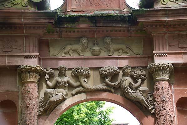 Schlossruine-Heidelberg-8.jpg