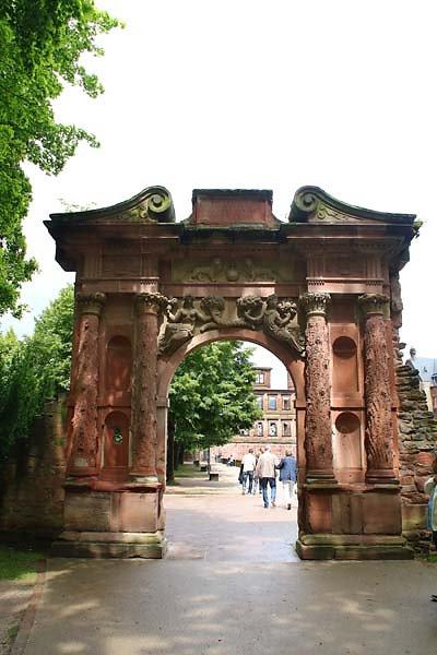 Schlossruine-Heidelberg-10.jpg
