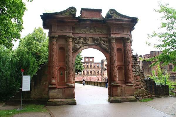 Schlossruine-Heidelberg-12.jpg