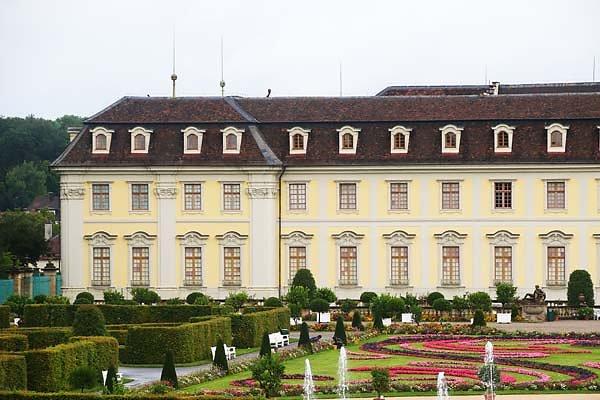 Schloss-Ludwigsburg-5.jpg