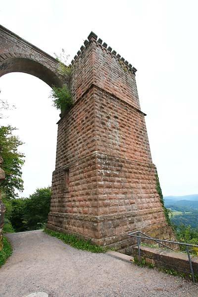 Reichsburg-Trifels-10.jpg