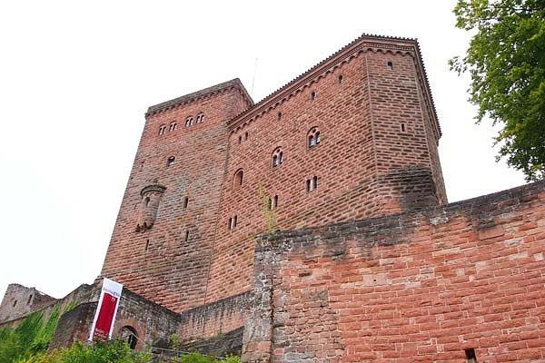 Reichsburg-Trifels-14.jpg
