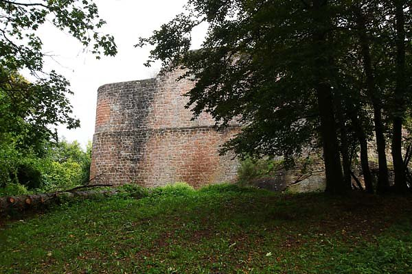Burgruine-Madenburg-2.jpg