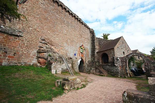 Burgruine-Madenburg-15.jpg