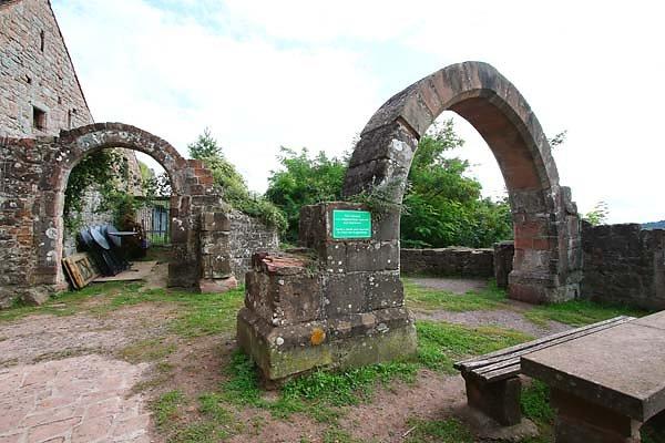 Burgruine-Madenburg-16.jpg