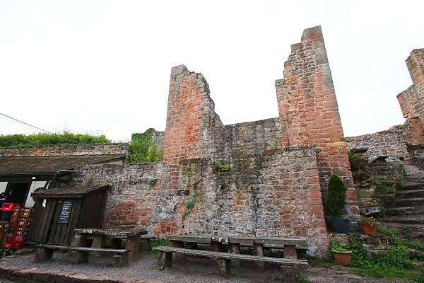 Burgruine-Madenburg-20.jpg