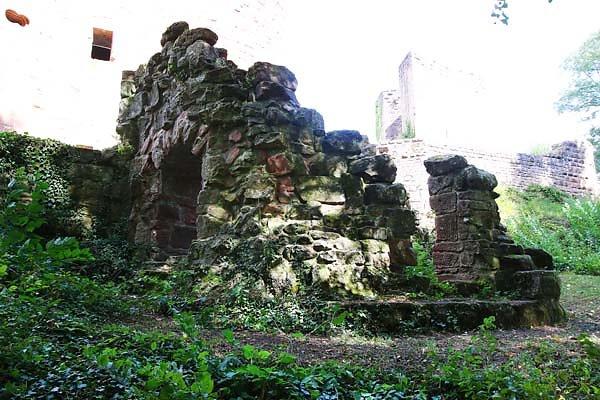 Burgruine-Neu-Dahn-7.jpg