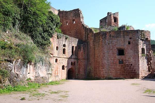 Schloss-und-Festungsruine-Hardenburg-362.jpg