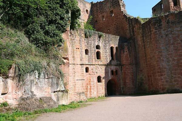 Schloss-und-Festungsruine-Hardenburg-363.jpg